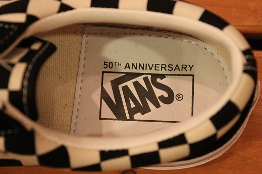 "世界同時限定販売 ""VANS 50th ANNIVERSARY V360G OLD SKOOL\"" ご紹介 _f0191324_08575684.jpg"