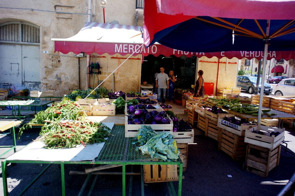 (続) PalermoからTrapani_c0180686_17092137.jpg