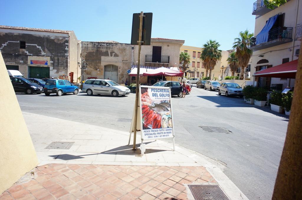 (続) PalermoからTrapani_c0180686_17093587.jpg