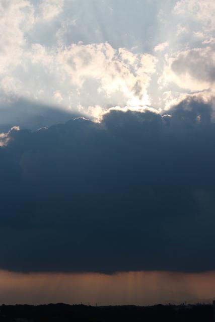 雲と光。_f0348831_16515409.jpg