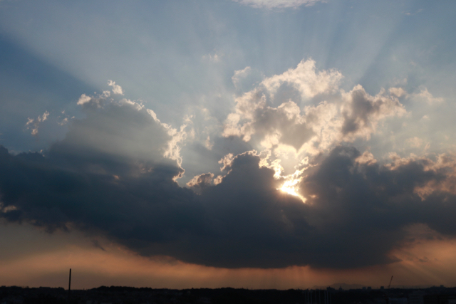 雲と光。_f0348831_16515437.jpg