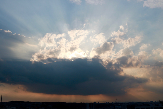 雲と光。_f0348831_17081964.jpg