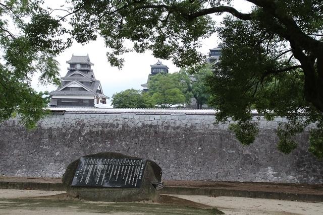 熊本大震災からの復興@崩壊した熊本城と加藤清正公の涙そして若者達への希望と勇気_d0181492_10522093.jpg