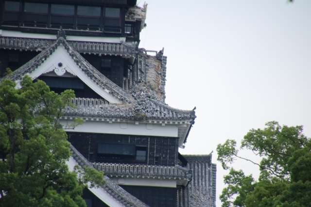 熊本大震災からの復興@崩壊した熊本城と加藤清正公の涙そして若者達への希望と勇気_d0181492_10524444.jpg