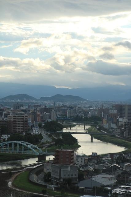 熊本大震災からの復興@崩壊した熊本城と加藤清正公の涙そして若者達への希望と勇気_d0181492_10565272.jpg