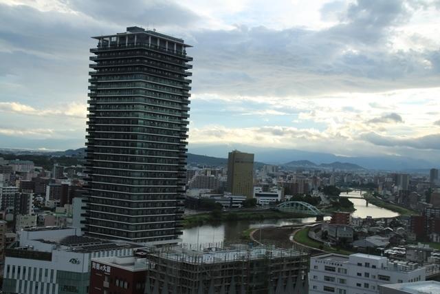 熊本大震災からの復興@崩壊した熊本城と加藤清正公の涙そして若者達への希望と勇気_d0181492_10570874.jpg
