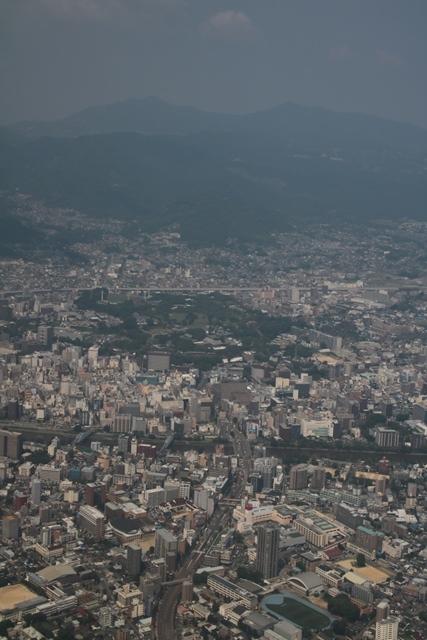 熊本大震災からの復興@崩壊した熊本城と加藤清正公の涙そして若者達への希望と勇気_d0181492_11001812.jpg