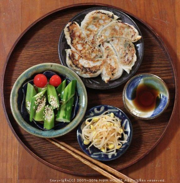 月曜鮭弁 ✿ 韮たっぷり餃子♪_c0139375_11404455.jpg