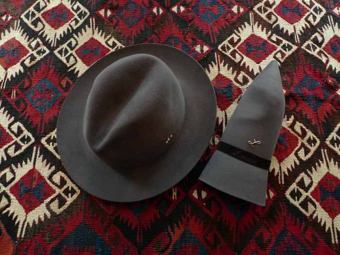 LAROSE PARIS TRAVELLER HAT_f0111683_14195128.jpg