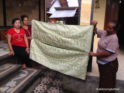 若竹色が印象的なシルクソンケットができました。_a0120328_17161103.jpg