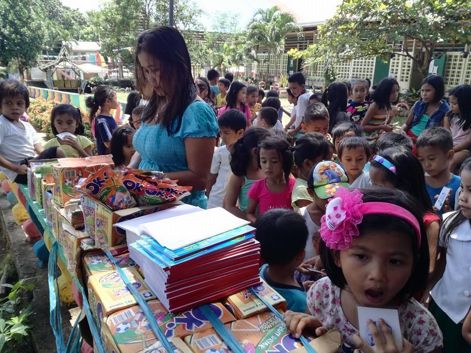 ミンダナオ島Ozamiz Litapan Elementary Schoolでの寄付活動のご報告_e0135675_12445888.jpg