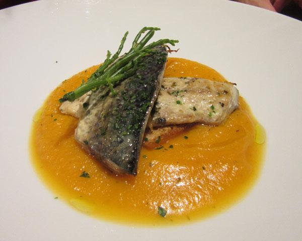 フィレンツェにまたまたお魚の美味しいお店登場!!!ーー漁師さんから直接届くから美味しい&安い!!_c0179785_0533724.jpg