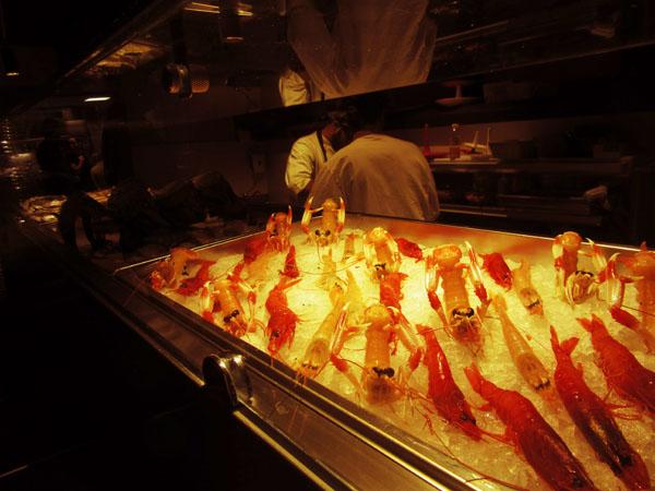 フィレンツェにまたまたお魚の美味しいお店登場!!!ーー漁師さんから直接届くから美味しい&安い!!_c0179785_05513100.jpg