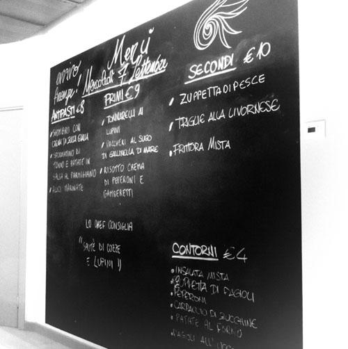フィレンツェにまたまたお魚の美味しいお店登場!!!ーー漁師さんから直接届くから美味しい&安い!!_c0179785_1193549.jpg