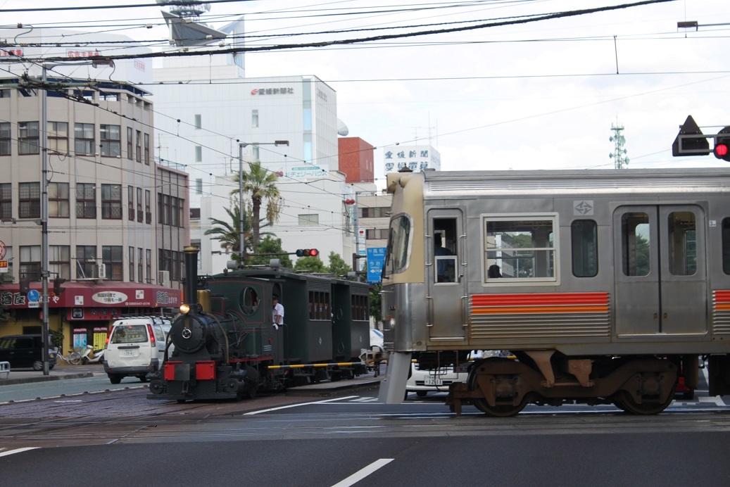 ○鉄道と軌道が交差する「伊予鉄道」_f0111289_10195814.jpg