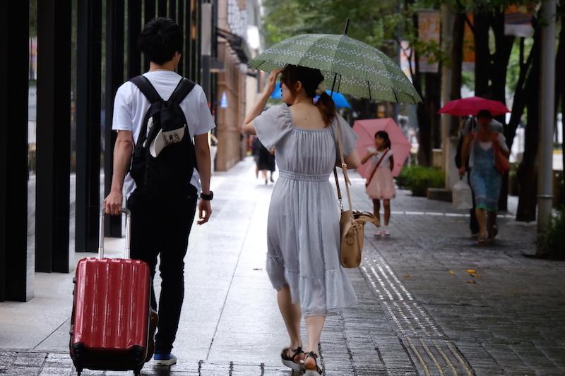 銀色の歩道_a0350198_18002602.jpg