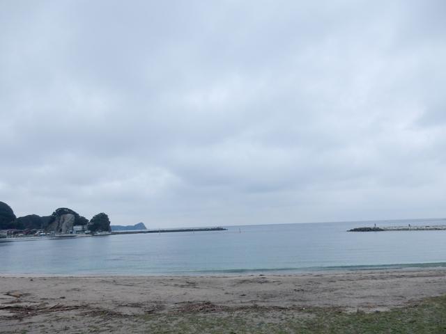 '16,9,15(木)曇り空の興津海岸!_f0060461_7564230.jpg