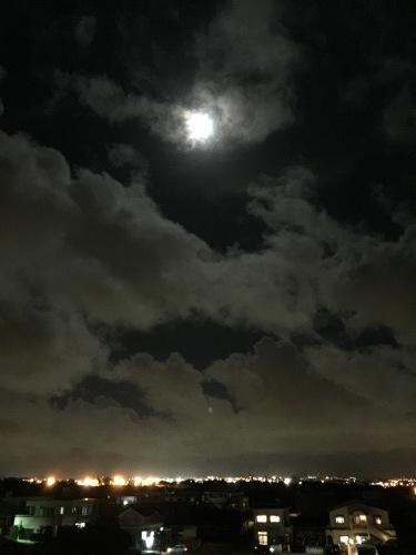 Full moon night._c0153966_21071415.jpeg