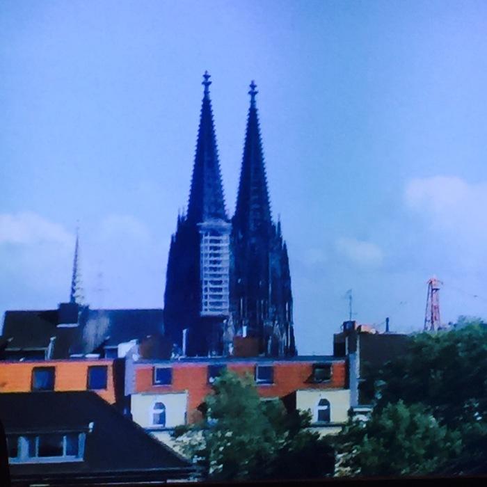 Germany  KOLN   〔私よりも先に・・・ 編の巻〕_d0105967_00040042.jpeg