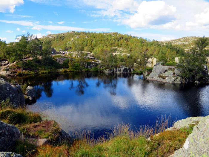ノルウェーのリーセフィヨルドへ。_d0116009_126719.jpg