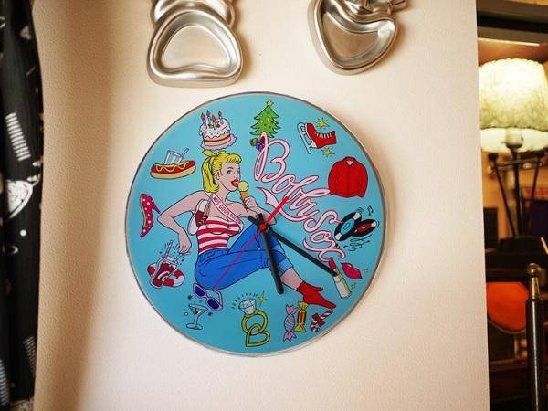 "Wall Clock ""Bobby Soxer""_c0289919_16311542.jpg"