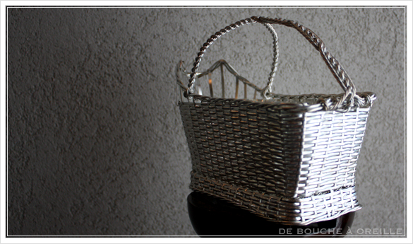 Christofle porte bouteille クリストフル製 アンティークのパニエ ボトルバスケット_d0184921_1731547.jpg