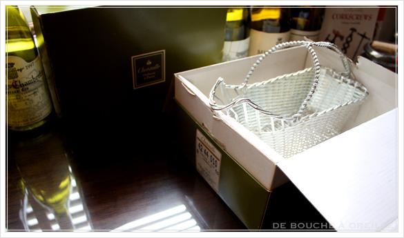 Christofle porte bouteille クリストフル製 アンティークのパニエ ボトルバスケット_d0184921_17335016.jpg
