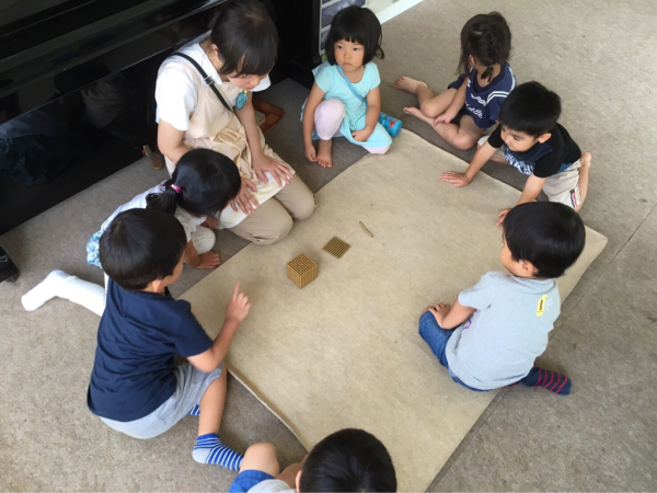 幼稚園クラス  年少さん_a0318871_08085292.jpg