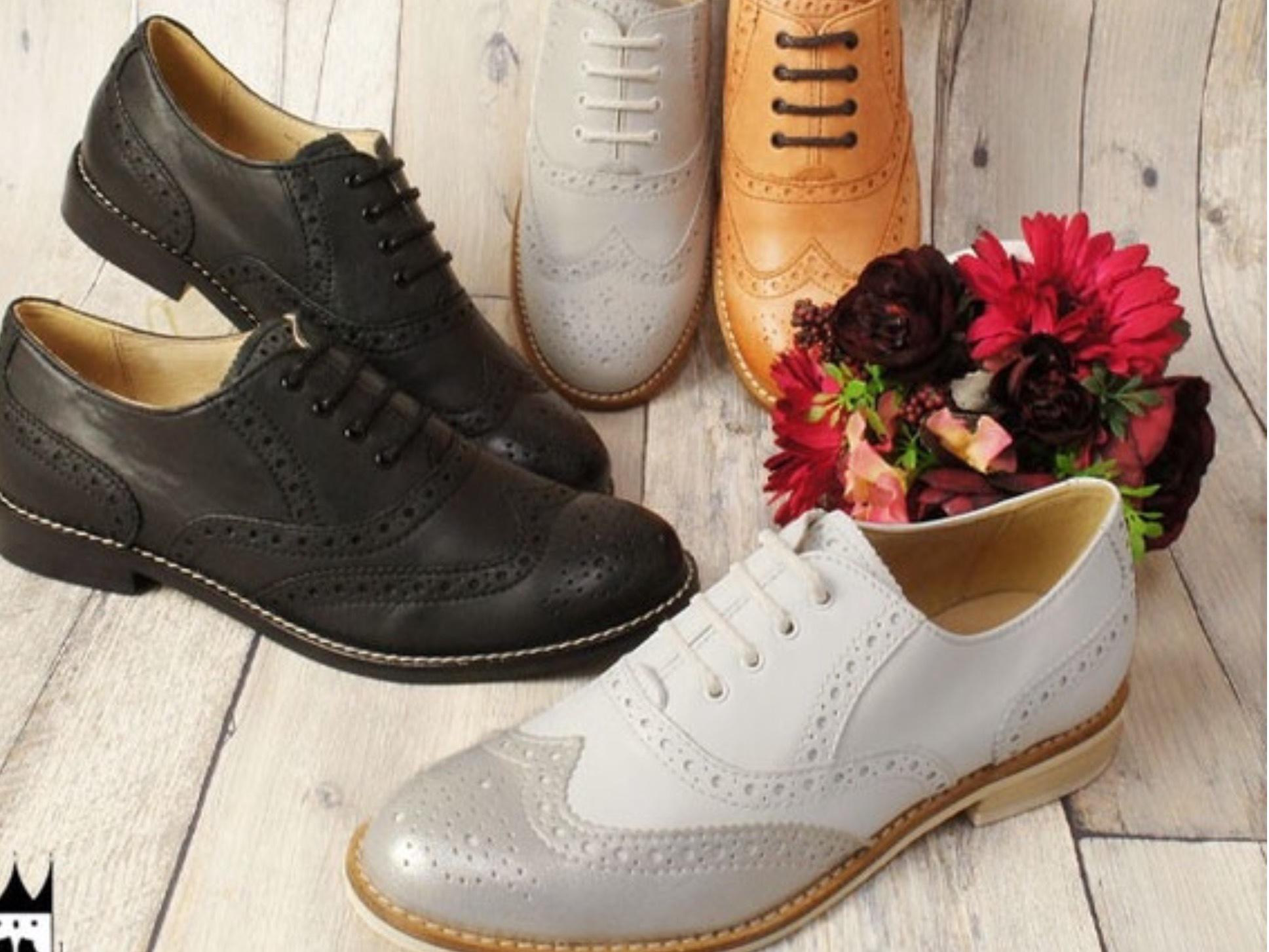madameHの靴の変遷…紐靴とローファー_b0210699_00275670.jpeg