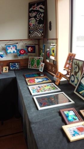 ガラス絵の作品展に行ってきました_f0374160_17273231.jpg