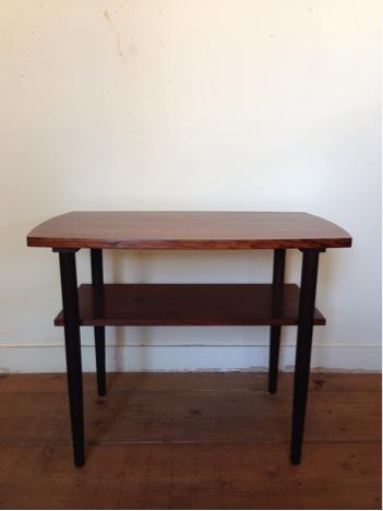 side table_c0139773_13405643.jpg