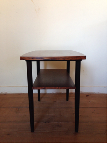 side table_c0139773_13405775.jpg