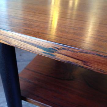 side table_c0139773_14061665.jpg