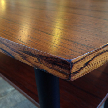side table_c0139773_14075736.jpg