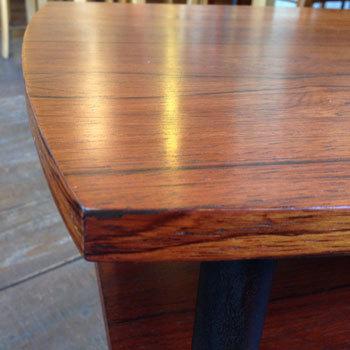 side table_c0139773_14082669.jpg