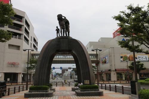 鶴岡駅前の景観_c0075701_10212928.jpg