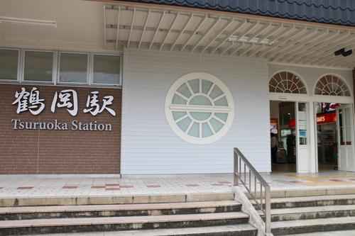 鶴岡駅前の景観_c0075701_102140100.jpg