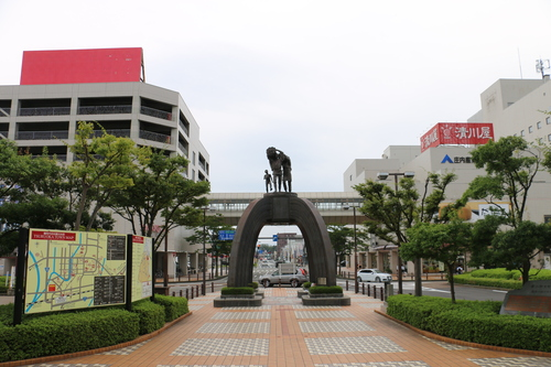 鶴岡駅前の景観_c0075701_1021972.jpg