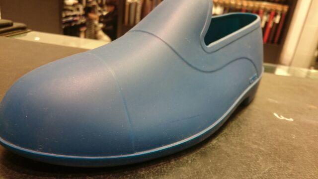 靴のレインコート?_b0226322_11335883.jpg