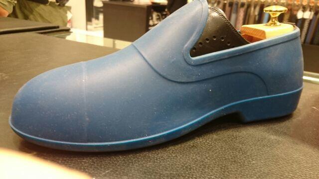 靴のレインコート?_b0226322_11344053.jpg
