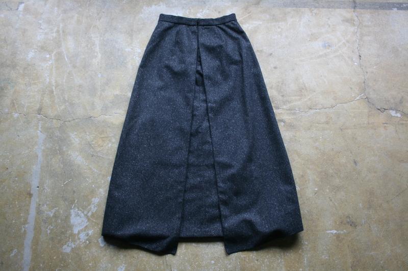 第3262回 重なるスカート。_f0366424_1920215.jpg