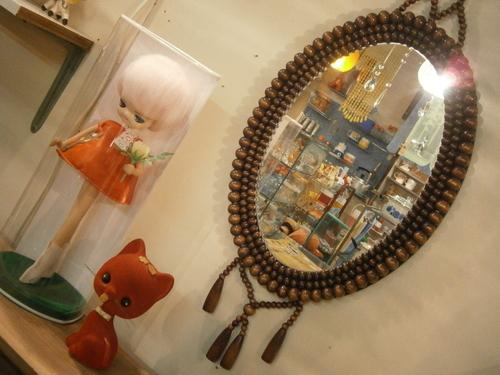 レトロな吊り鏡☆_e0199317_22445156.jpg