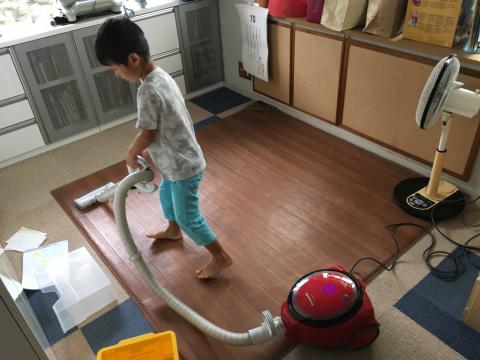 台風で休園_e0046950_10341015.jpg
