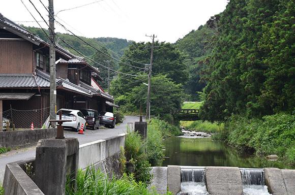 初瀬街道 阿保宿から二本木宿を行く_e0164563_09454608.jpg