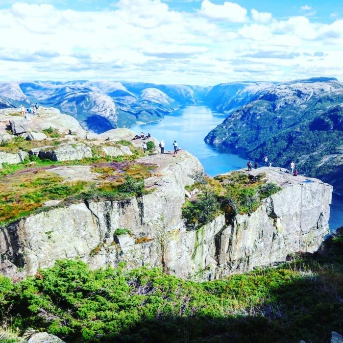 ノルウェーのリーセフィヨルドへ。_d0116009_10095258.jpeg