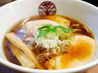 らぁ麺 とうひち@京都 ★★☆ (鶏醤油らぁ麺)_f0080612_21194667.jpg