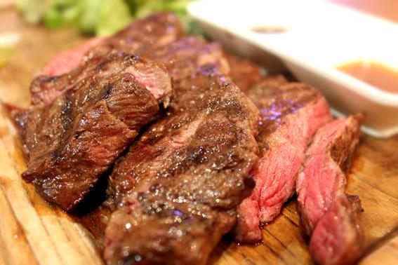 肉と夜景BARの誕生日_a0329820_15051947.jpg