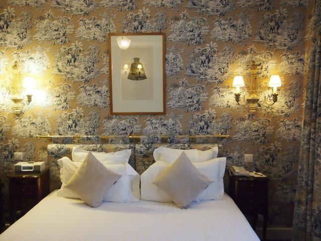 パリのホテルインテリア お部屋編 「自分なら」を考えてみましょう_f0375763_23092354.jpg