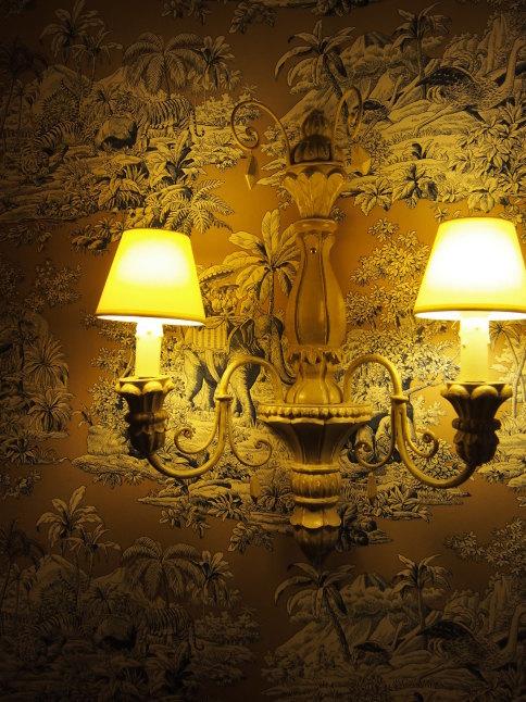 パリのホテルインテリア お部屋編 「自分なら」を考えてみましょう_f0375763_23100290.jpg