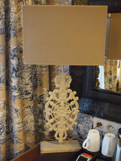 パリのホテルインテリア お部屋編 「自分なら」を考えてみましょう_f0375763_23114737.jpg
